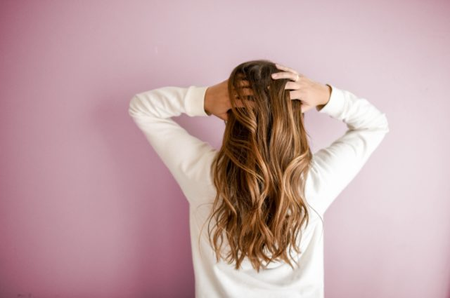 【髪が痛む原因は〇〇?】美髪をキープする方法は、これ![美容室ロアール オススメ]